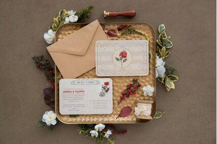 invitatie de nunta vintage postcard cu trandafiri rosii