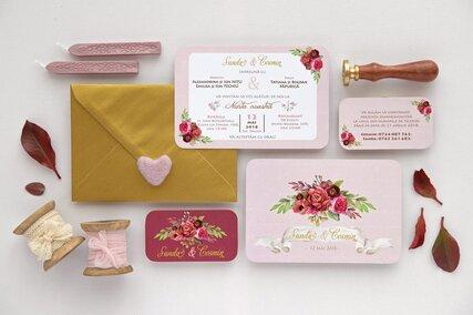 Invitatie de nunta Marsala Flowers cu flori bujori rosii visinii in stil vintage