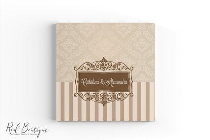 carte eleganta crem personalizata cu foi albe pentru urarile invitatilor la nunta