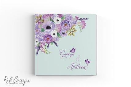 guestbook personalizat cu flori pictate mov si interior cu foi albe pentru urarile invitatilor la nunta