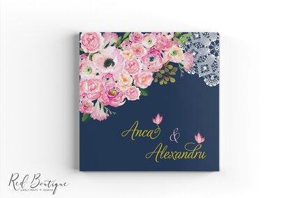 guestbook personalizat pentru nunta cu coperta tare si foi albe cu flori pictate roz