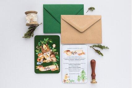 invitatie cu animale de padure cu verde si plic kraft sau verde