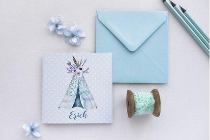 invitatie boho cu cort si flori cu albastru