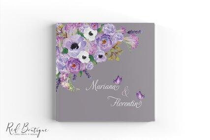 guestbook personalizat gri cu flori mov si albe pictate cu interior cu foi albe