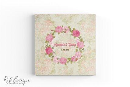 guestbook pentru nunta personalizat cu trandafiri si numele mirilor cu interior cu foi albe
