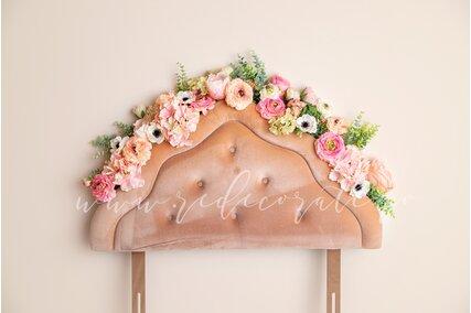fundal foto cu flori de primavara si pat