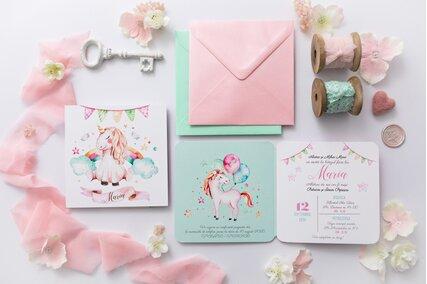 invitatie-cu-unicorni
