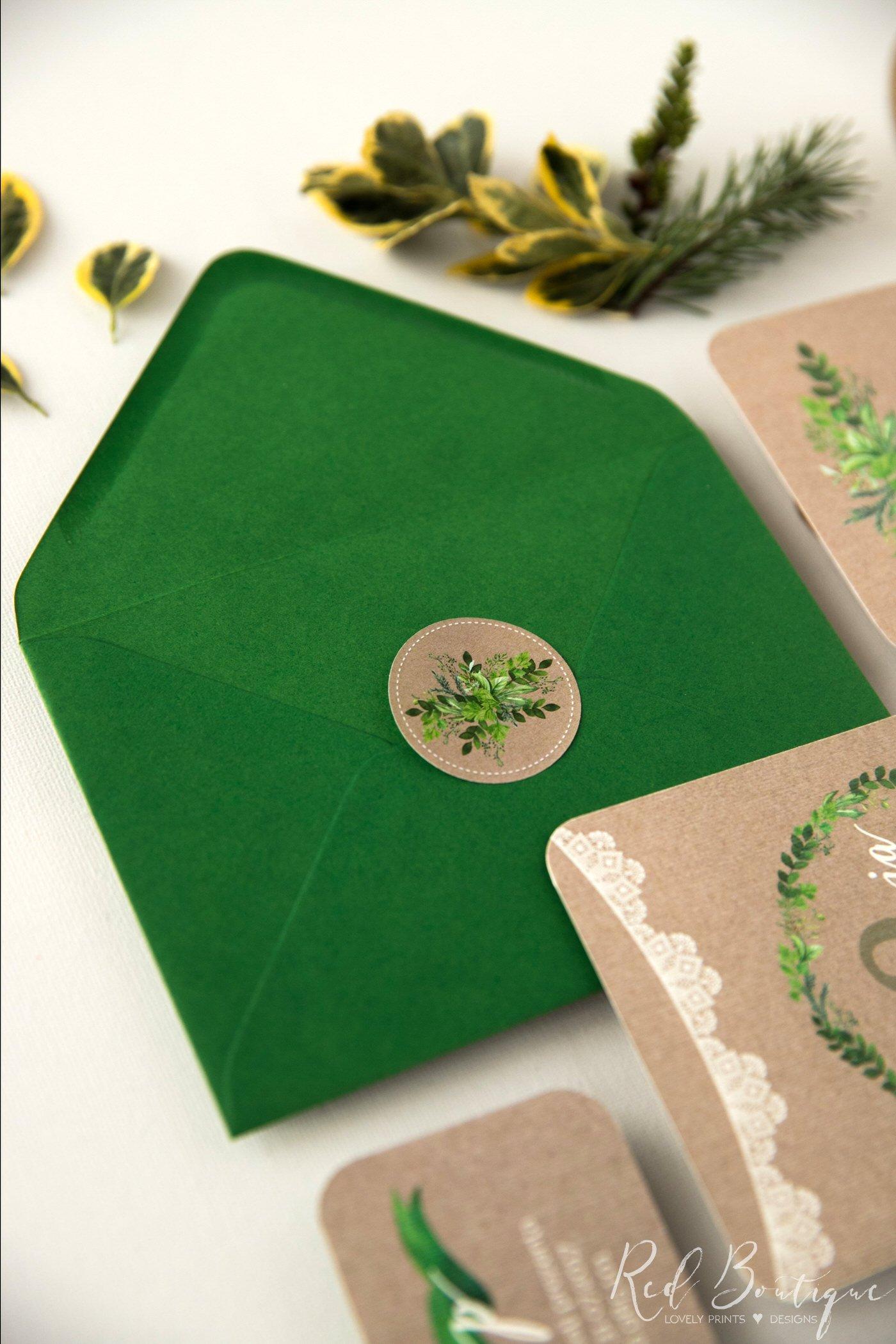 invitatie de nunta vintage cu frunze verzi si dantela