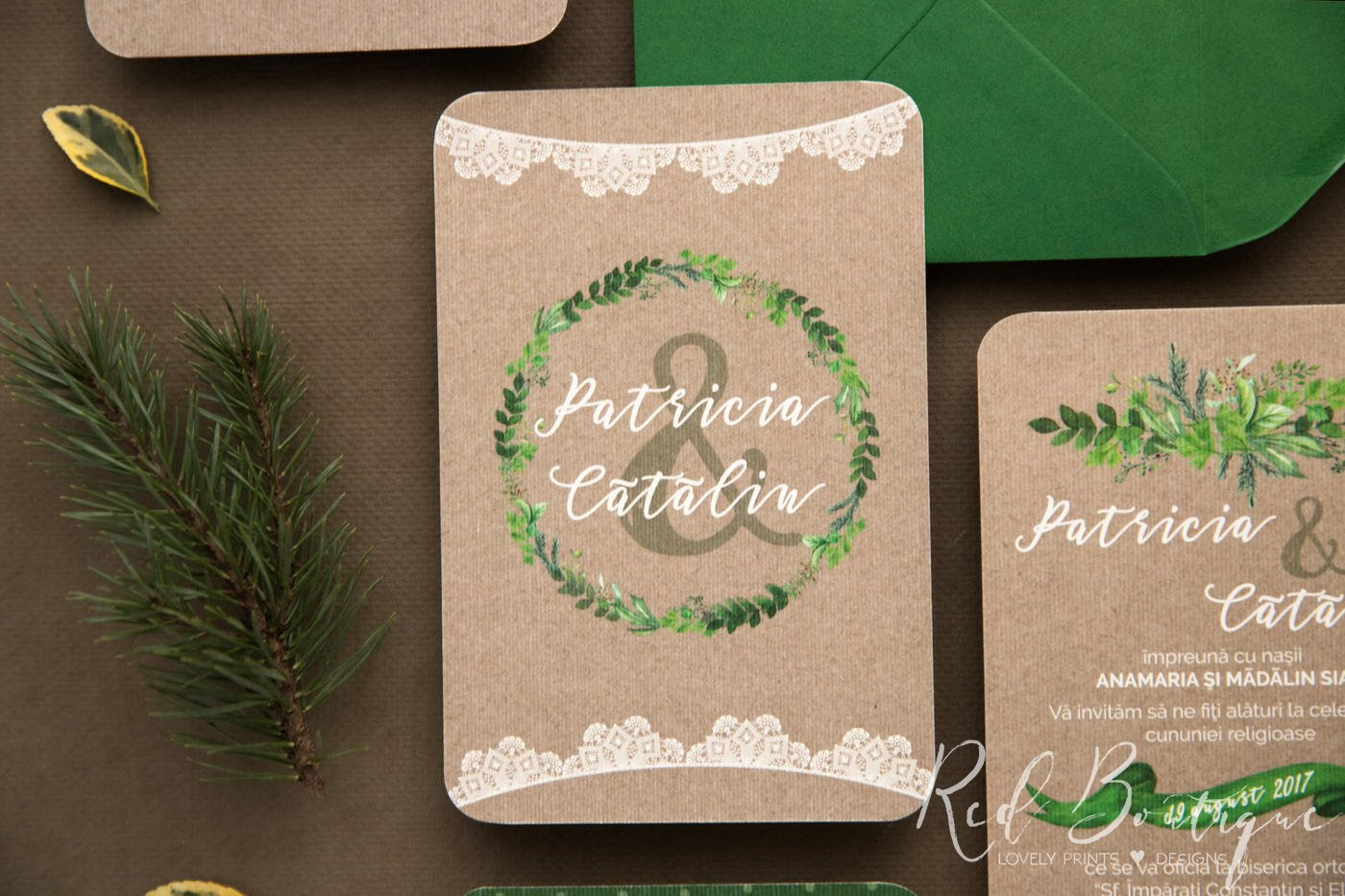 invitatie vintage cu verdeata si carton texturat vintage cu dantela