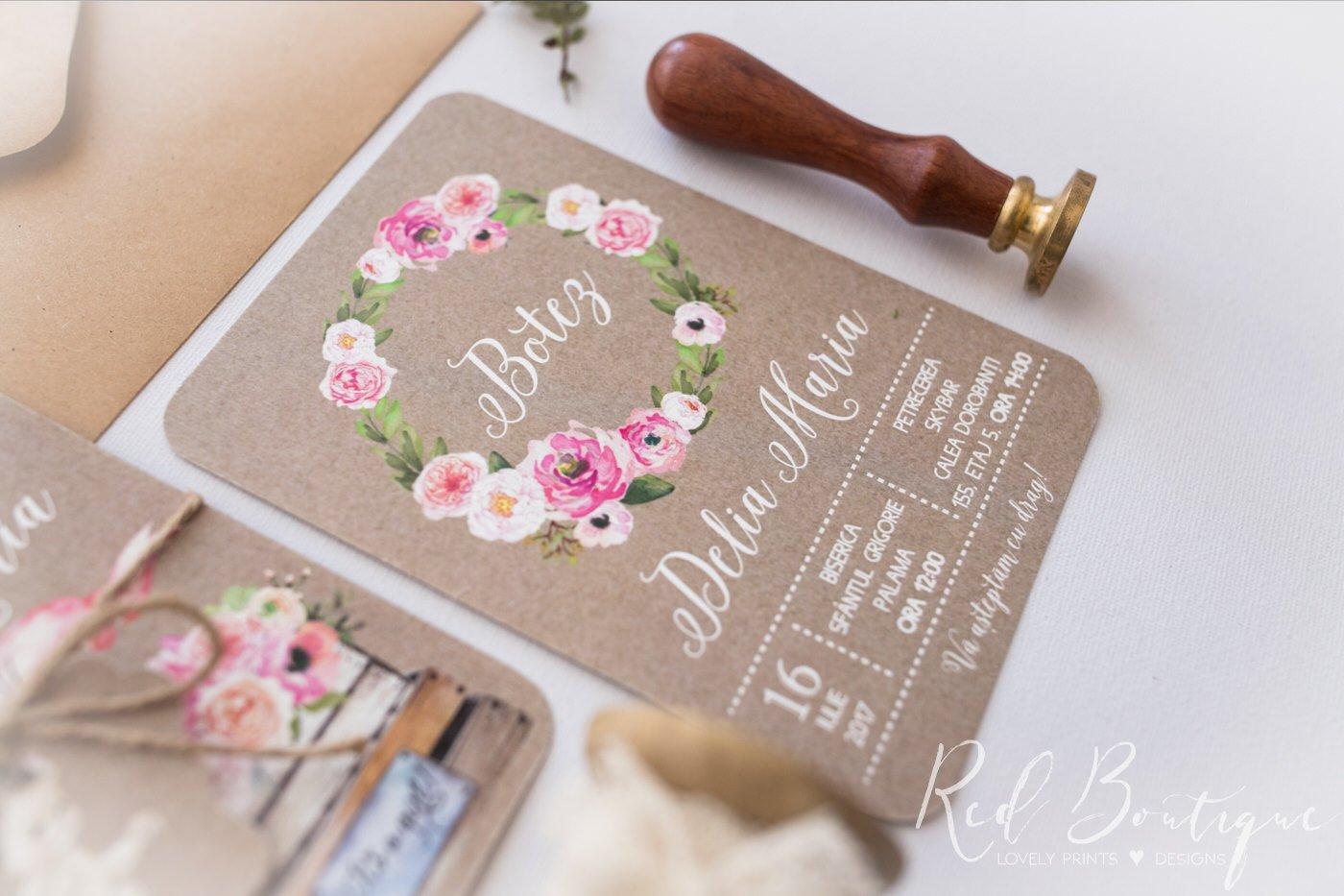 invitatie vintage cu fetita si coronita din flori rozinvitatie vintage cu fetita si coronita din flori roz