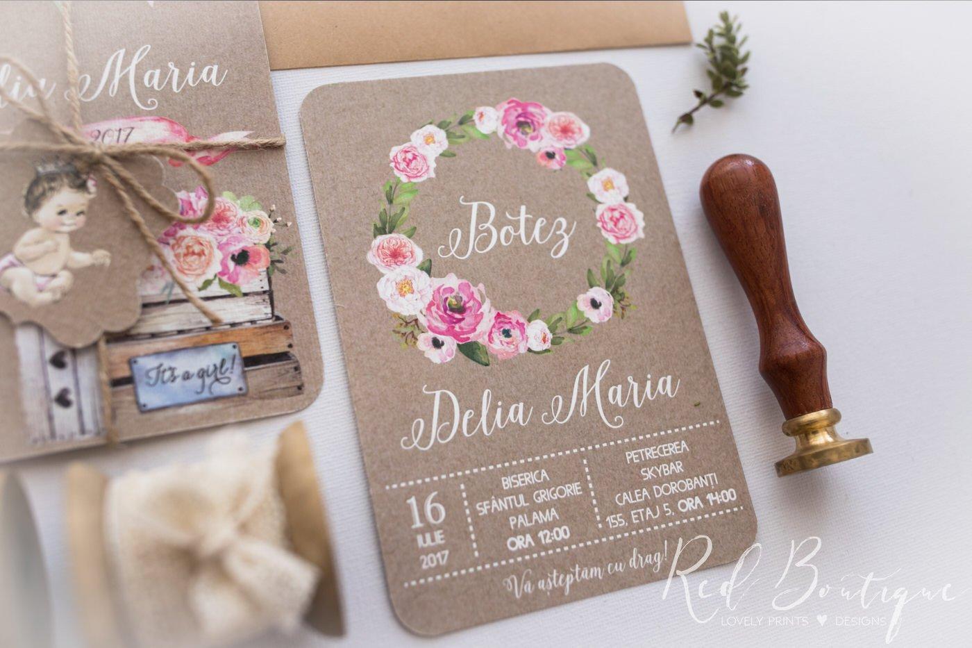 invitatie vintage cu fetita si coronita din flori roz