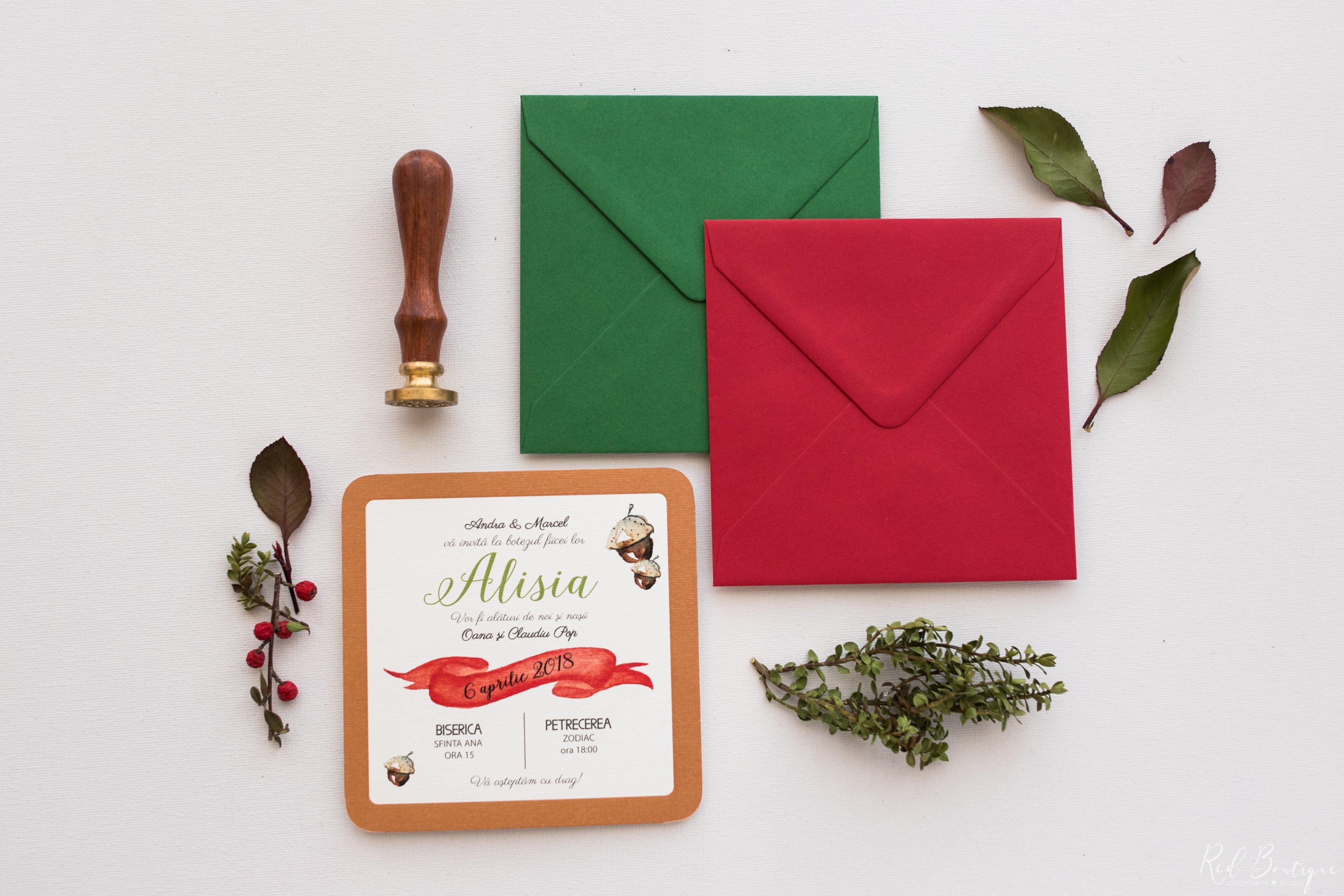 invitatie de botez cu plicuri colorate verzi si rosu