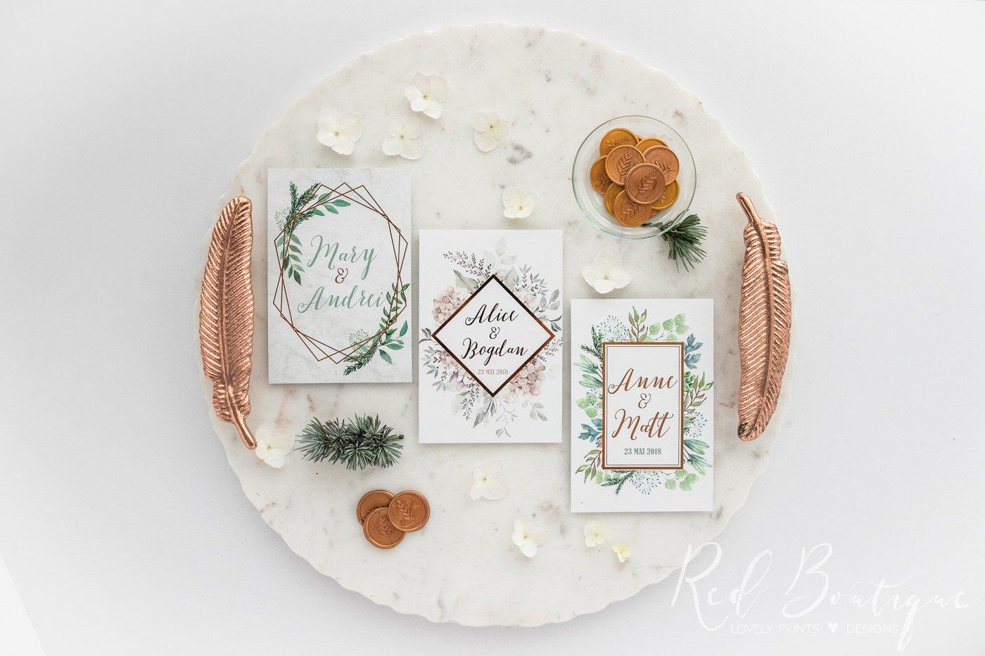 invitatii moderne cu scris rose gold si carton catifelat deosebit
